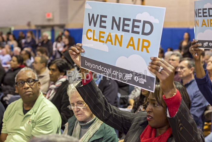 Detroit, Michigan local residents against pollution at a city council public hearing into allowing Marathon Petroleum oil refinery to discharge greater quantities of sulphur dioxide and other pollutants. Marathon says it needs to be able to produce lower-sulfur gasoline. The area is already the most polluted in Michigan. The Department of Environmental Quality will make the decision - Jim West - 2016-01-28