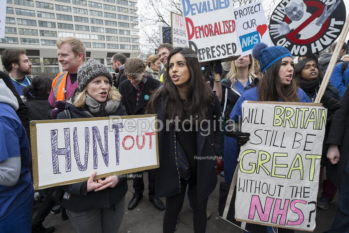Junior doctors from London St Thomas hospital on strike over a proposed new contract protest on Westminster Bridge. - Philip Wolmuth - 2016-02-10