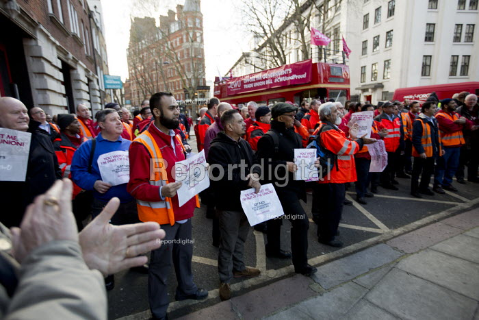 CWU Campaign against the Trade Union Bill. Heart Unions outdoor workplace meeting Mount Pleasant Mail Centre London - Jess Hurd - 2016-02-11