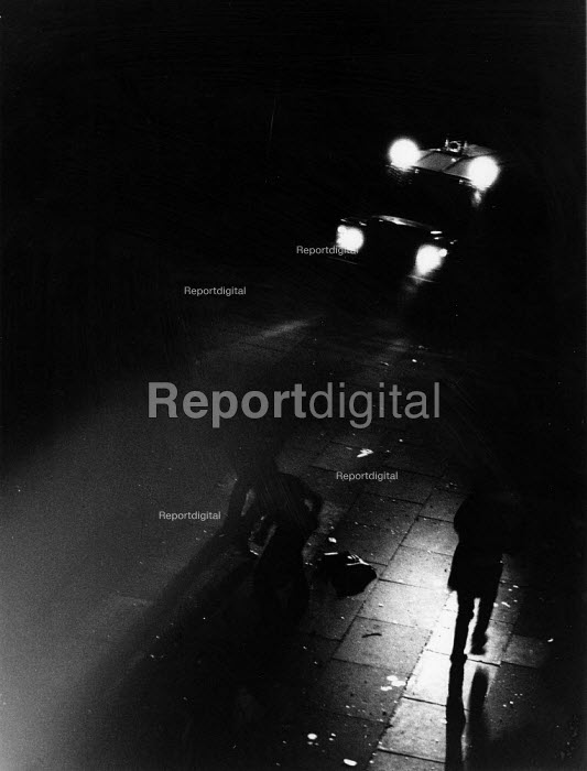 Toxteth riots, Liverpool 1981. Police drive armoured Land Rover at rioters at night during some of the worst inner city urban riots in mainland Britain. - John Harris - 1981-07-27