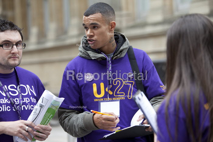 Young members campaigning against cuts amoungst the general public on the street, U27 UNISON National Young Members Weekend Conference in Cardiff 2011. - Paul Box - 2011-05-17