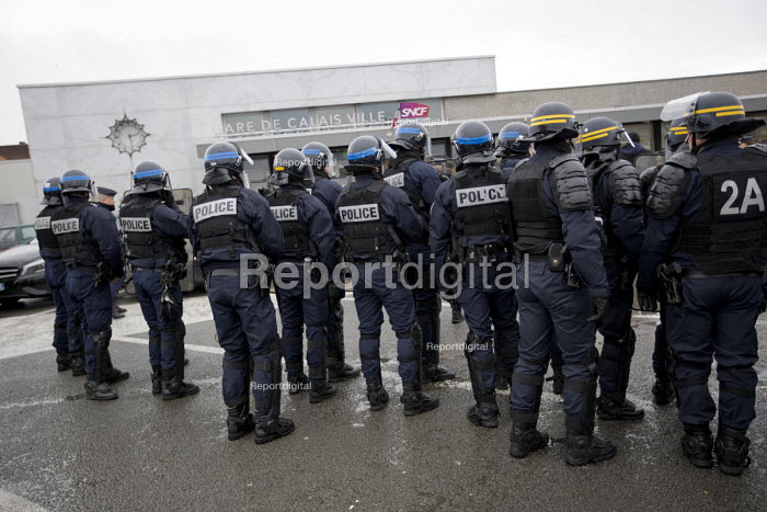 Calais, France, French far right protest march against immigrants is stopped by the police prior to eviction of refugees in the makeshift Jungle camp by French authorities - Jess Hurd - 2016-02-20