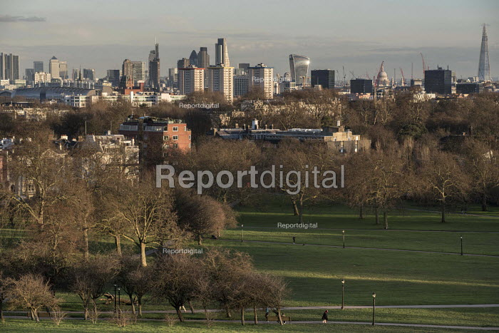 City of London skyline from Primrose Hill, Camden. - Philip Wolmuth - 2016-02-11