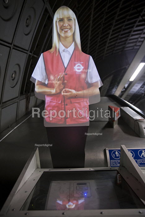 London Underground hologram giving commuters escalator safety instructions, Jubilee Line, London - Jess Hurd - 2016-03-07