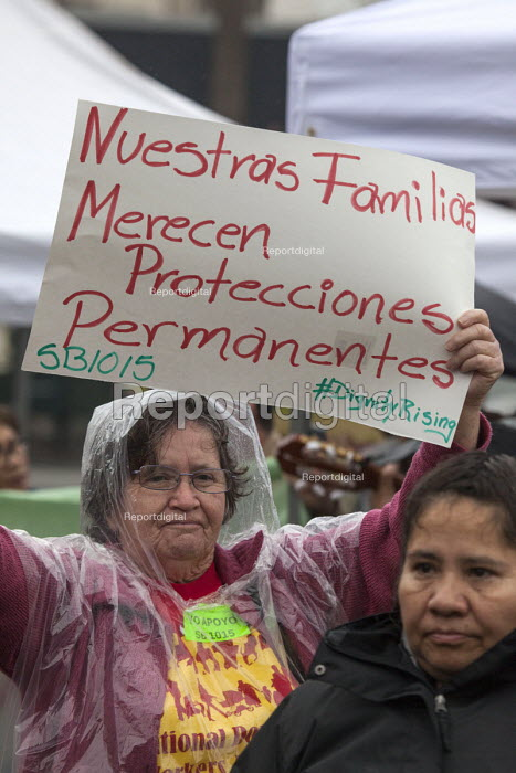 San Francisco Domestic Workers rally for a permanent Bill of Rights to provide domestic workers, housekeepers and cleaners the right to overtime pay, meal breaks and decent pay - David Bacon - 2016-03-04