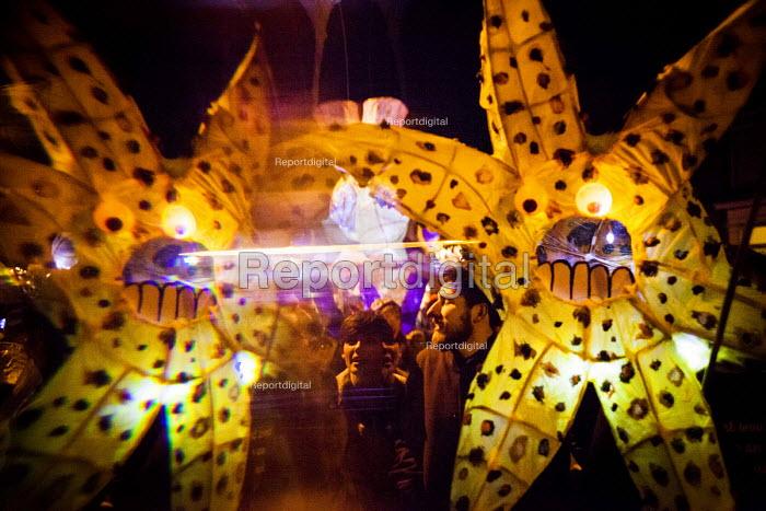 Sharrow Lantern Festival, Locals parade homemade lanterns, Sharrow, Sheffield, South Yorkshire - Connor Matheson - 2016-04-10