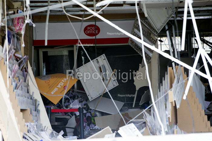 Village Post Office blown up by thieves in a raid to steal the cash machine, Shirehampton, Bristol. Pictured the post master and sub post master - Paul Box - 2016-04-26
