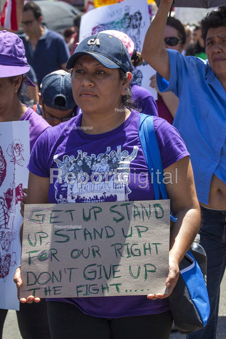 California, May Day march of trades unions, community and immigrant rights organizations, Fruitvale East Oakland, MUA - David Bacon - 2016-05-01