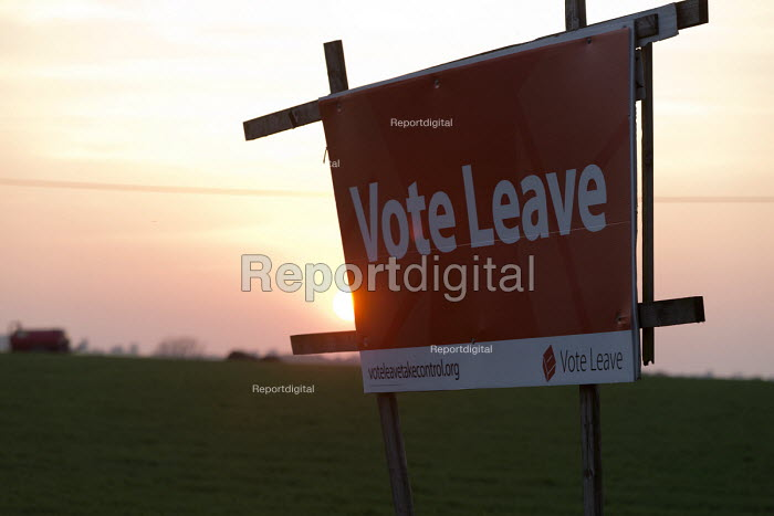 Roadside Vote Leave Campaign poster and sunset on a farm, Warwickshire - John Harris - 2016-05-12