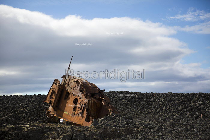 Shipwreck, Grindevik, Iceland - Jess Hurd - 2016-04-29