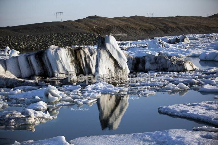Jokulsarlon Glacier Lagoon, Nr. Vatnajokull National Park, Iceland - Jess Hurd - 2007-07-16