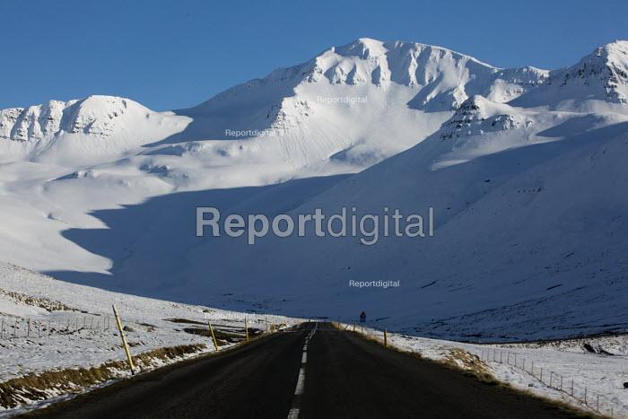On the road, Fljotum, North Iceland - Jess Hurd - 2016-05-08