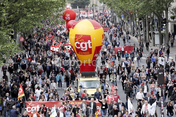 CGT unions protest against proposed labor reforms, Paris France - Nicolas Tavernier - 2016-05-17