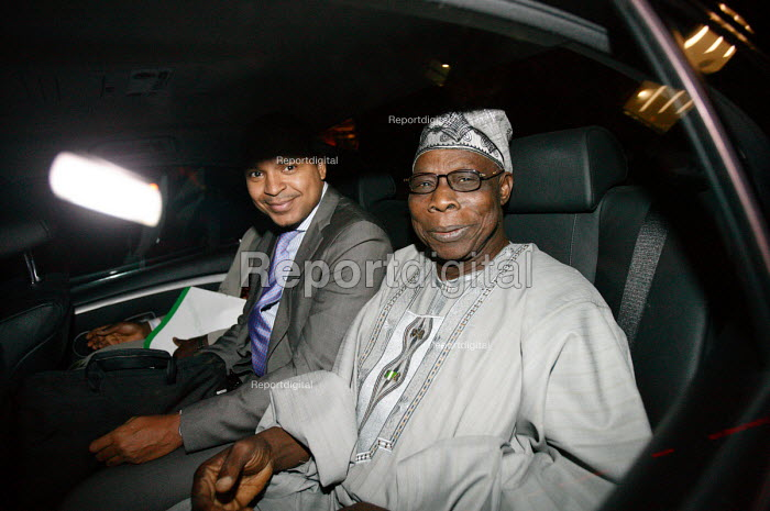 Former Nigerian President Olusegun Obasanjo leaving the London School of Economics (LSE). He gave a lecture on the unrest in the Democratic Republic of Congo (DRC). - Justin Tallis - 2009-03-18