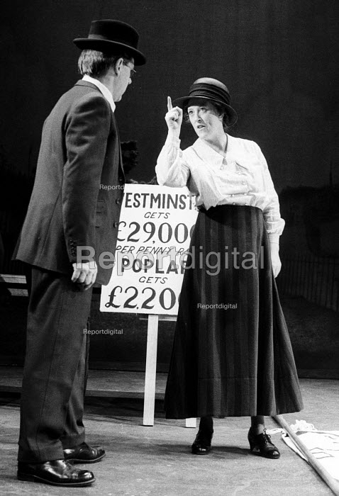 Better Times by Barrie Keeffe, staged at Theatre Royal Stratford East, London 1985. The play tells the story of the 1921 Poplar Rates Revolt. Actor, Kate Williams as Julia Scurr with Larry Dann, playing Herbert Morrison. - Stefano Cagnoni - 1985-01-30