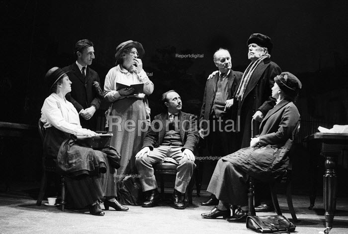 Better Times written by Barrie Keeffe, staged at Theatre Royal Stratford East, London 1985. The play tells the story of the 1921 Poplar Rates Revolt. Actors playing the Labour Councillors meeting to make their decision to refuse to levy a rate they considered unjust. - Stefano Cagnoni - 1985-01-30