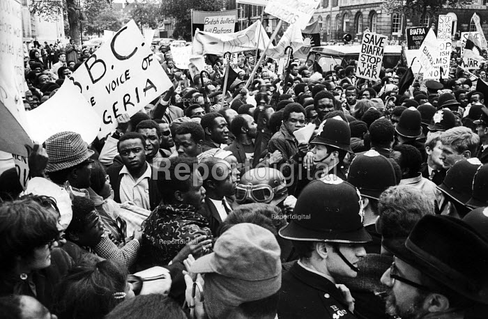 Violent clashes between protestors and police near to Downing Street during a protest by supporters of Biafra against the British Government supplying arms to Nigeria during the Civil War, London, 1968 - Romano Cagnoni - 1968-08-07
