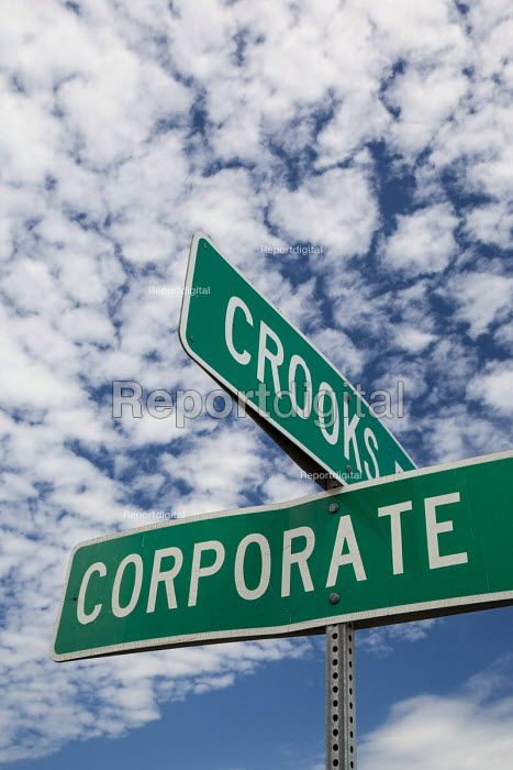 Troy, Michigan, Intersection of Crooks Road and Corporate Drive, in an area with many corporate offices - Jim West - 2016-06-09