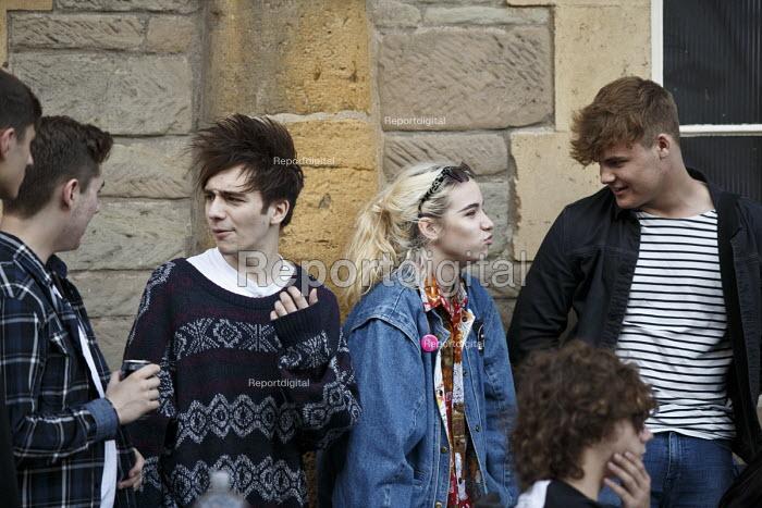 Teenagers talking, Alcester Warwickshire - John Harris - 2016-06-12