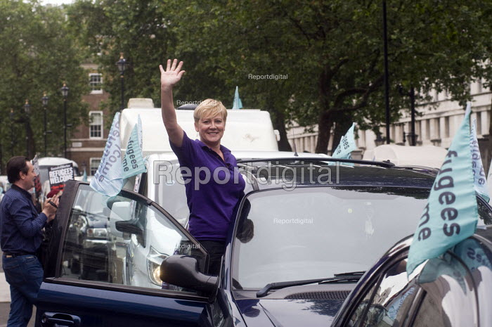 Convoy to Calais. UNISON trade union joining a convoy of cars setting off from Whitehall, carrying aid and supplies to refugees stranded in makeshift camps in Calais, France - Stefano Cagnoni - 2016-06-18