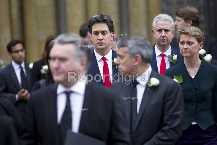 Jo Cox murder. Ed Miliband and Yvette Cooper attending a service remembering murdered Labour MP Jo Cox, St Margaret's Church London - Jess Hurd - 2016-06-20