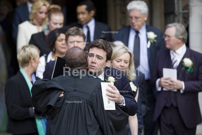 Jo Cox murder. Andy Burnham, MPs attending a service remembering murdered Labour MP Jo Cox, St Margaret's Church London - Jess Hurd - 2016-06-20