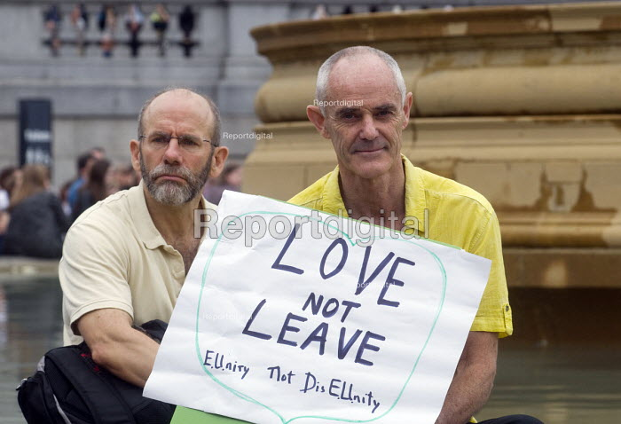 Memorial event to celebrate the life of murdered Labour MP, Jo Cox. Love Like Jo, Trafalgar Square, London. Love Not Leave placard held up by supporters of the Remain camp in the EU referendum - Stefano Cagnoni - 2016-06-22