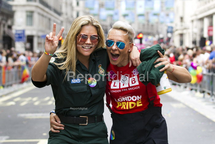London firefighter and her ambulance worker girlfriend, Gay Pride, London 2015 - Jess Hurd - 2015-06-27