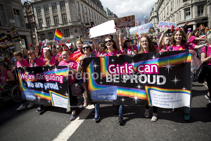 Girlguiding, Pride in London Parade 2016 - Jess Hurd - 2016-06-25