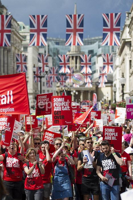 Stonewall, Pride in London Parade 2016 - Jess Hurd - 2016-06-25
