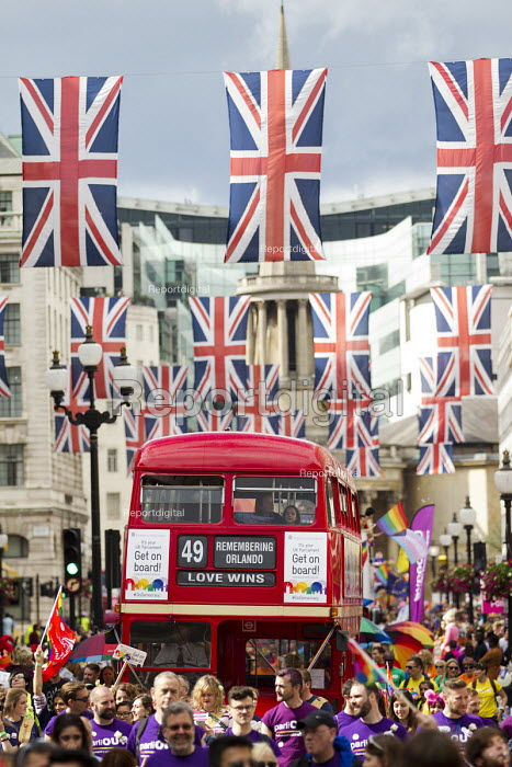 Love Wins, Remembering Orlando, routemaster bus, Pride in London Parade 2016 - Jess Hurd - 2016-06-25