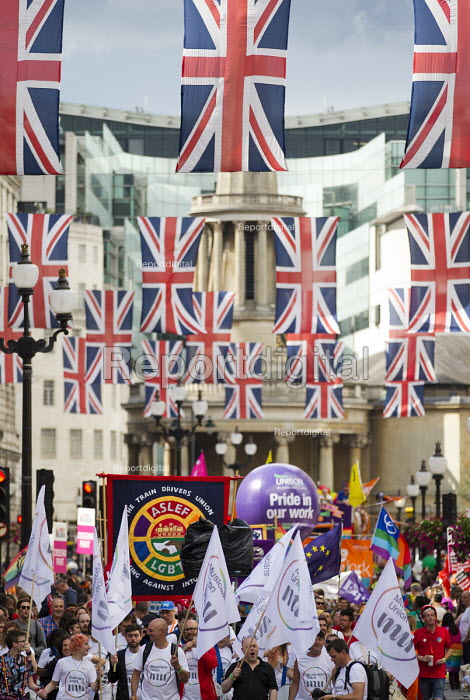 ASLEF, MU and UNISON at Pride in London Parade 2016 - Jess Hurd - 2016-06-25