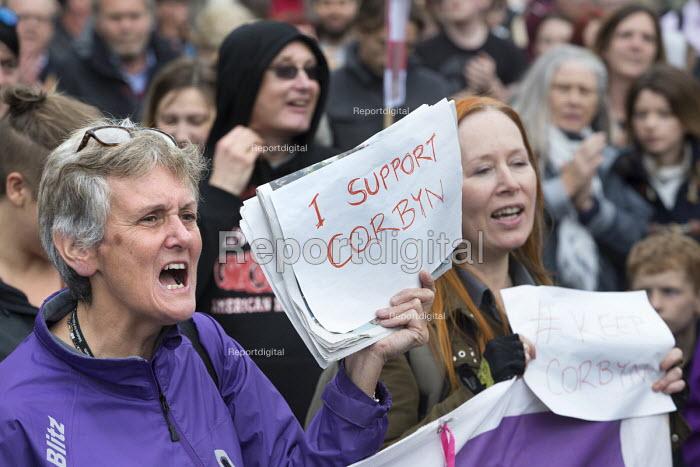 Keep Corbyn rally of supporters against Blairite leadership challenge, Bristol - Paul Box - 2016-06-28