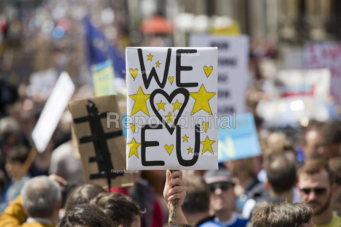 March for Europe against the Brexit EU referendum result, Central London, we love EU - Jess Hurd - 2016-07-02