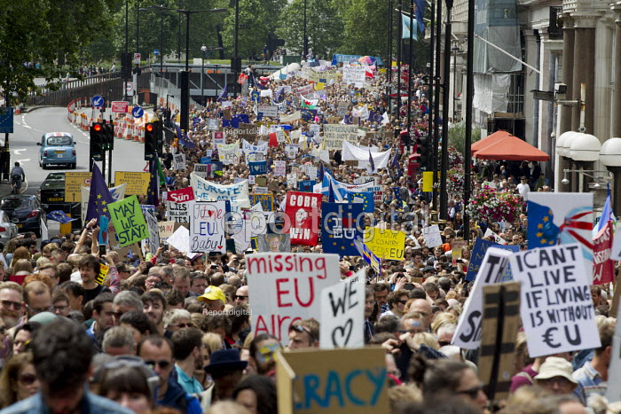 Pro Jeremy Corbyn placard, March for Europe against the Brexit EU referendum result, Central London - Jess Hurd - 2016-07-02