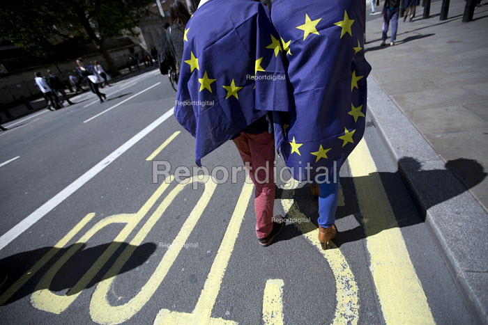 March for Europe against the Brexit EU referendum result, Central London, EU flags - Jess Hurd - 2016-07-02
