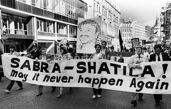 Sabra-Shatila Massacre 1983 London protest in support of the Palestinian people on the first anniversary of the 1982 massacre at the Sabra and Shatila refugee camps in Lebanon. - Stefano Cagnoni - 1983-09-17