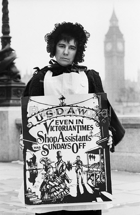 USDAW protest against change in Sunday Trading laws, London, 1986 - Stefano Cagnoni - 1986-02-14