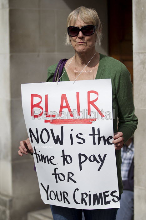 Stop the War protest on publication of the Chilcot Report on the Iraq war, QEII Centre, London. - Jess Hurd - 2016-07-06