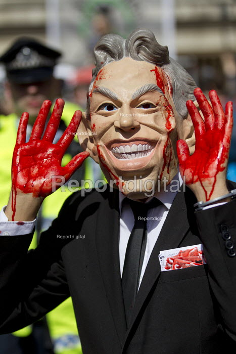 Stop the War protest on publication of the Chilcot Report on the Iraq war, QEII Centre, London, Tony Blair blood on his hands - Jess Hurd - 2016-07-06