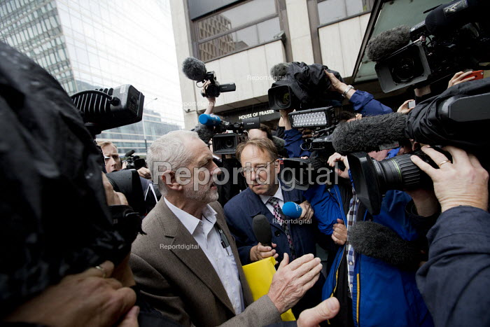 Jeremy Corbyn arriving for Labour Party NEC meeting which will decide whether he is on the ballot paper for the leadership challenge, Labour Party HQ, London - Jess Hurd - 2016-07-12