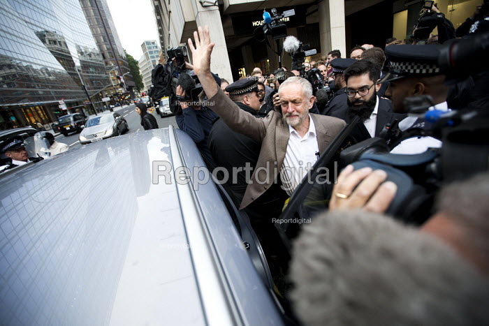 Jeremy Corbyn outside Labour Party HQ after NEC meeting agreed to include him on ballot for leadership challenge, London - Jess Hurd - 2016-07-12