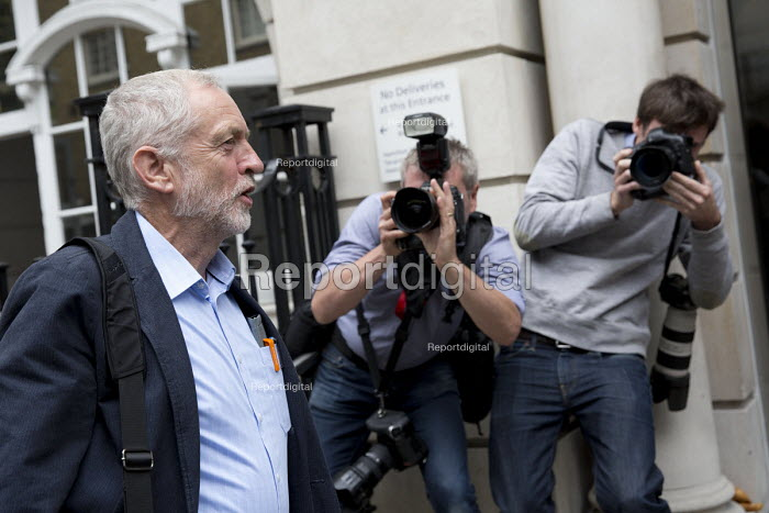 Jeremy Corbyn laughing with the media, arriving to be nominated by CWU in the Labour leadership election, Hamilton House, London - Jess Hurd - 2016-08-01