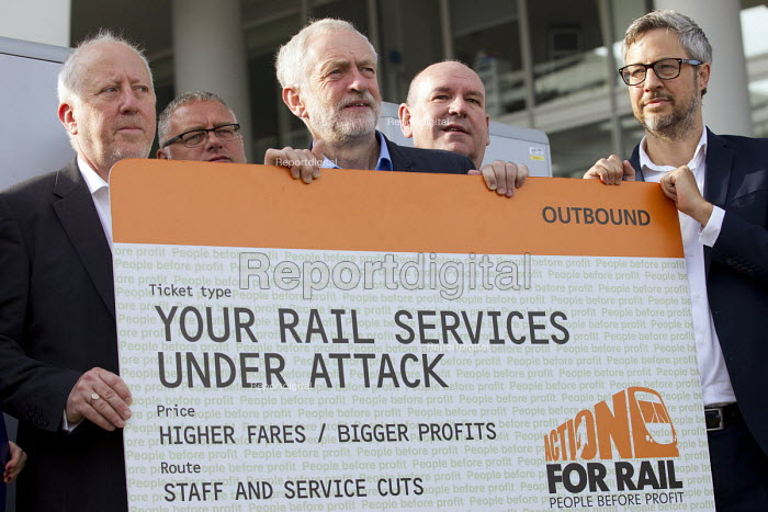 Jeremy Corbyn joining Action For Rail protest against rail fare rises and for public ownership, London Bridge Station, London. Andy McDonald MP, Jeremy Corbyn, Mick Whelan ASLEF, James Croy RMT - Jess Hurd - 2016-08-16