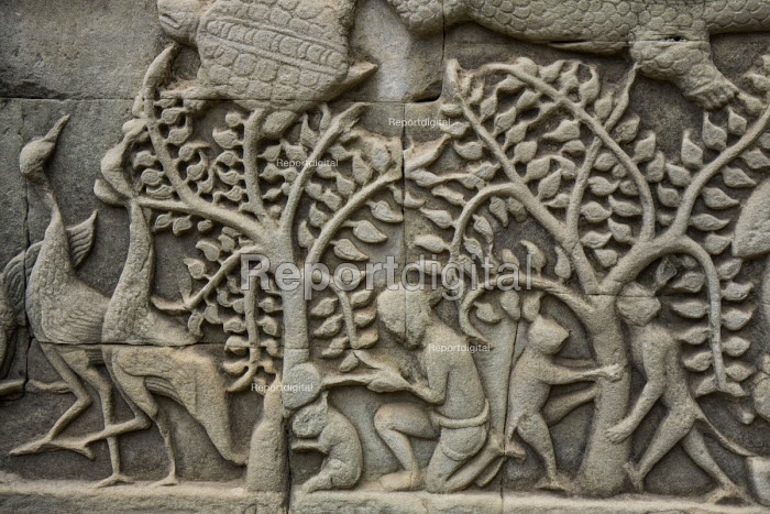 Cambodia, carving on the South Gate, Prasat Angkor Thom, Cambodia - David Bacon - 2015-12-21