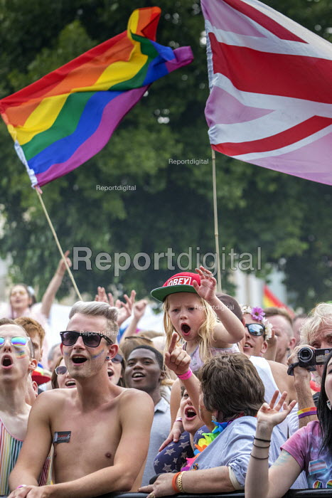 Pride Day Festival, Bristol - Paul Box - 2016-07-09