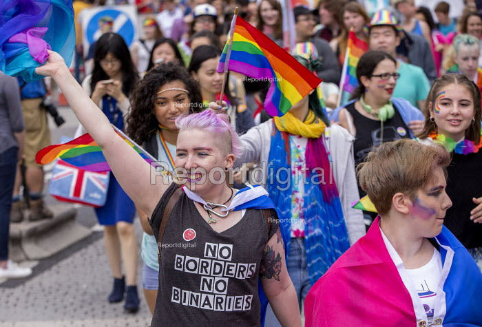 Pride Day Parade, Bristol - Paul Box - 2016-07-09