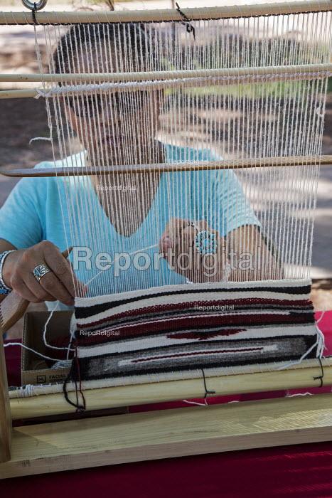 Ganado, Arizona, Navajo Nation, Wool and Weaving Workshop, Hubbell Trading Post National Historic Site - Jim West - 2016-07-10
