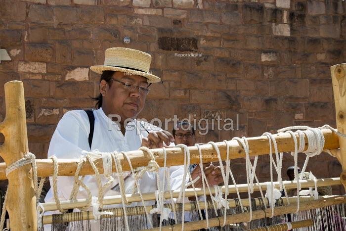 Ganado, Arizona, Navajo Nation, a Navajo blanket loom, Wool and Weaving Workshop, Hubbell Trading Post National Historic Site - Jim West - 2016-07-10