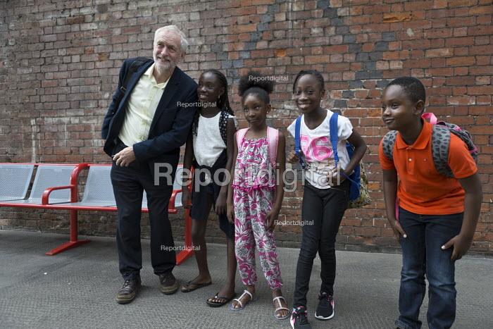 Jeremy Corbyn meeting some children at the railway station, leadership election rally, Hanley, Stoke on Trent - John Harris - 2016-09-01